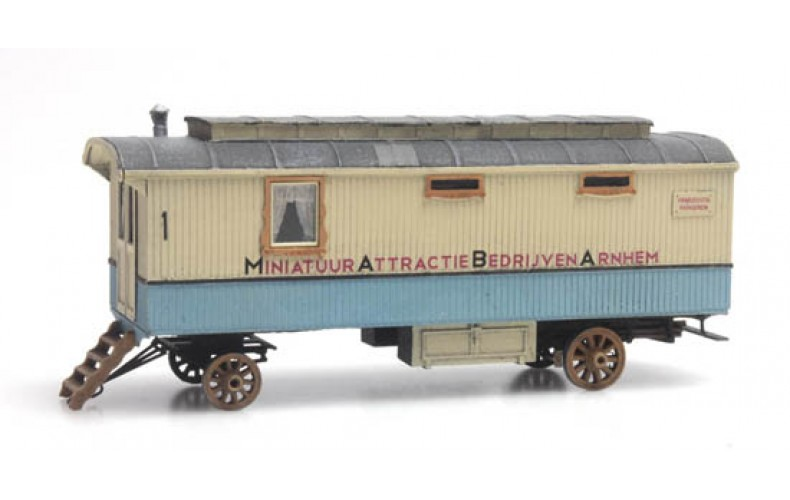 387367 Fairground Living Wagon (HO scale 1/87th)